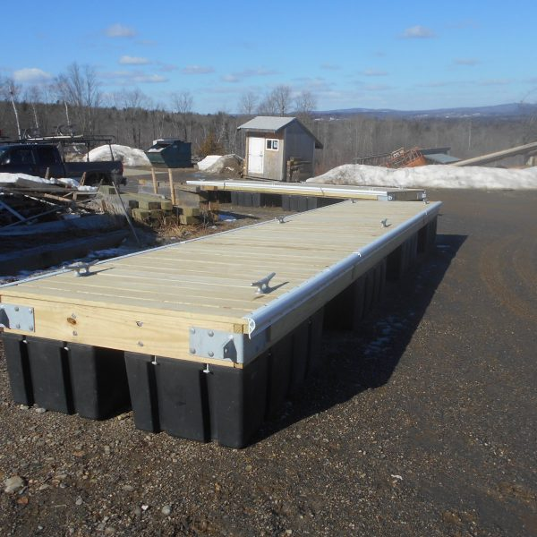 BBW float construction stbd side